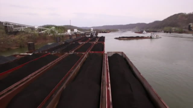 aerial footage of the coal & rust belt in midwest america, incuding coal miners changing shift - paris agreement stock videos & royalty-free footage
