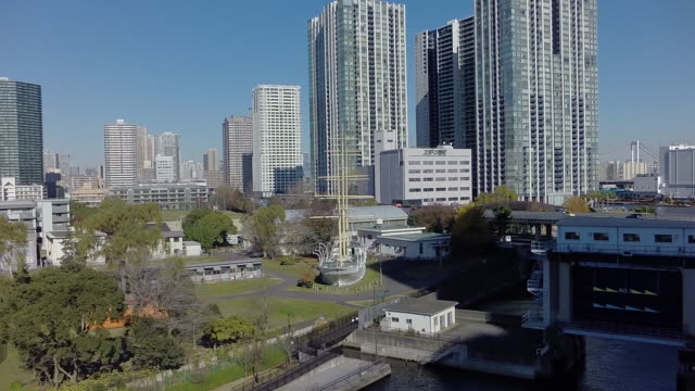 aerial footages of tennōzu isle station. - monorail stock videos & royalty-free footage