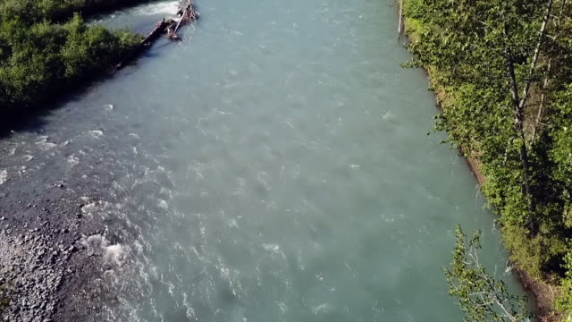 aerial: fork in a fast flowing river - pebble stock videos & royalty-free footage