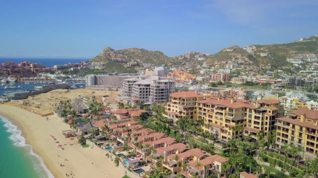 aerial forward ascending: area of cabo san lucas - cabo san lucas stock videos & royalty-free footage