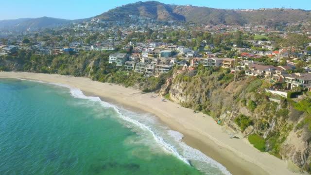 aerial forward: elegant homes in laguna beach - laguna beach california stock videos & royalty-free footage