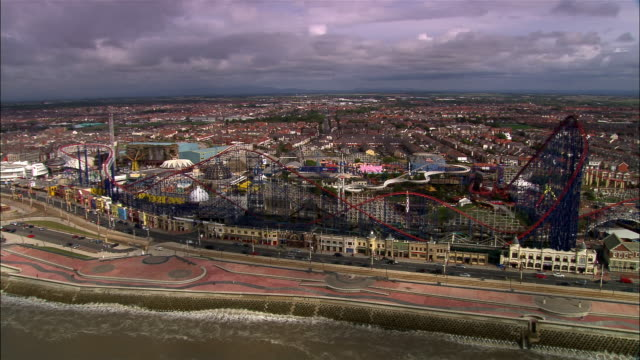 stockvideo's en b-roll-footage met aerial golden mile and amusement park/ blackpool, england - blackpool lancashire