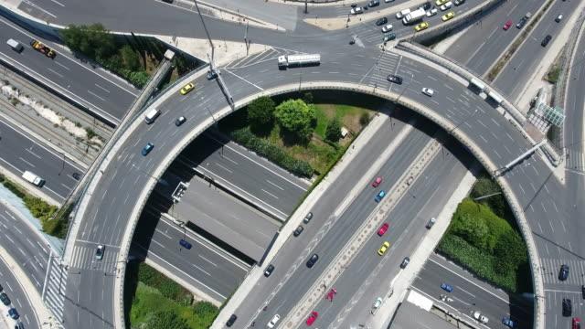 Luchtfoto van de snelweg afslag