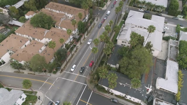 aerial hollywood boulevard los angeles - sunset boulevard stock-videos und b-roll-filmmaterial