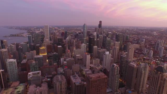 vídeos y material grabado en eventos de stock de vista aérea de chicago, illinois - zoológico de lincoln park