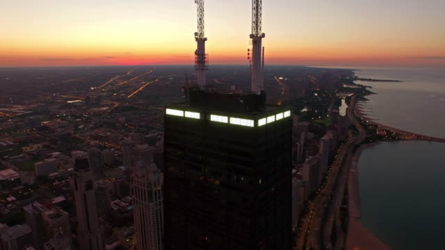 aerial illinois chicago - willis tower stock videos & royalty-free footage