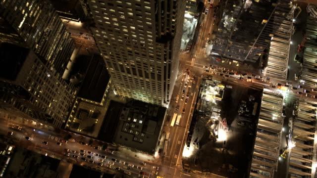 vidéos et rushes de aerial illuminated rooftop skyscrapers san francisco usa - california street san francisco