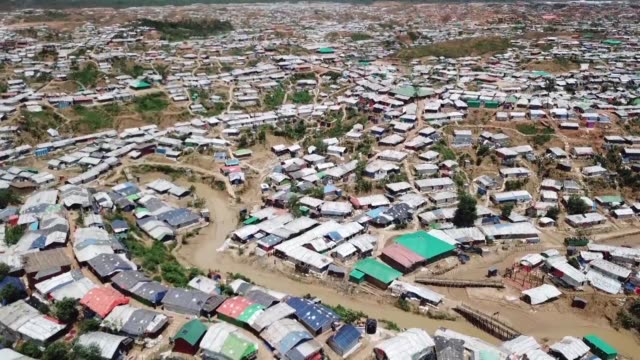 aerial images show the vast scale of the rohingya refugee camps near cox's bazar in bangladesh which are now home to an estimated one million people - cox basar stock-videos und b-roll-filmmaterial