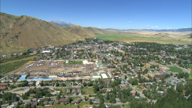 aerial jackson hole, wyoming - jackson hole stock-videos und b-roll-filmmaterial