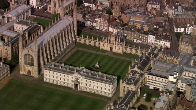 Aerial King's College Chapel at Cambridge University / Cambridge, England