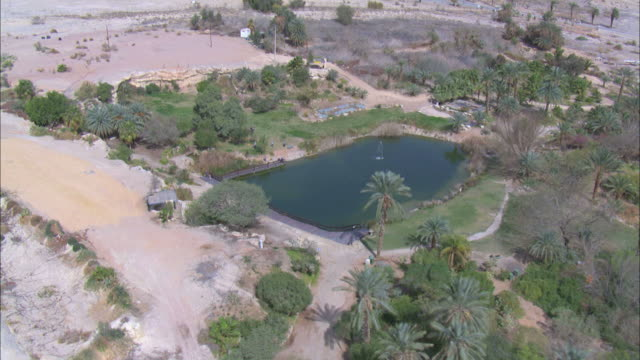 aerial lake in negev desert, negev. oasis, israel - desert oasis stock videos & royalty-free footage