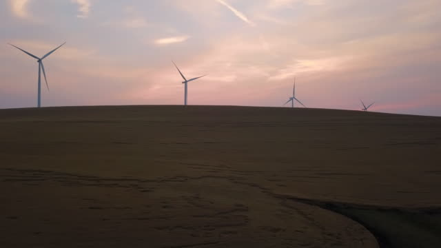 aerial left to right: marvelous windmills - palouse stock videos & royalty-free footage
