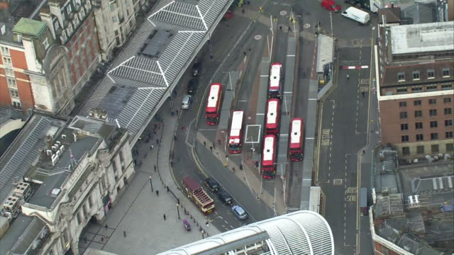 aerial london victoria station - 1 minute or greater stock videos & royalty-free footage