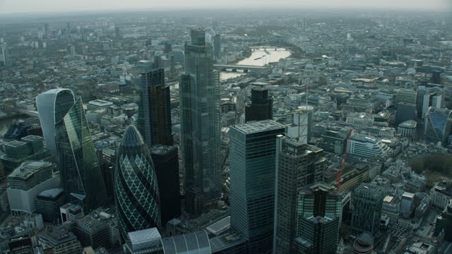 aerial london view gherkin covid19 enforced lockdown impact - employment issues stock videos & royalty-free footage