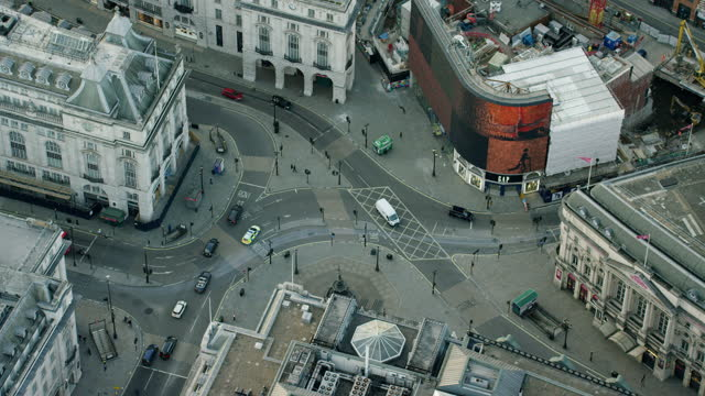 aerial london view piccadilly circus in coronavirus lockdown - luggage stock videos & royalty-free footage