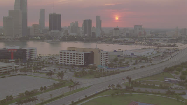 d/x aerial miami skyline - miami stock videos & royalty-free footage