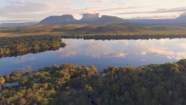 aerial  morning view of canaima national park tepuis and the carrao river at ucaima - venezuela stock videos & royalty-free footage
