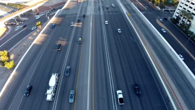 空から見たネバダ州ラスベガス - 金銭に関係ある物点の映像素材/bロール