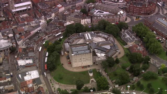 vidéos et rushes de aerial norwich castle and museum / norwich, england - museum