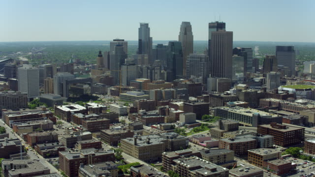 aerial of downtown minneapolis and warehouse district - saint paul stock-videos und b-roll-filmmaterial