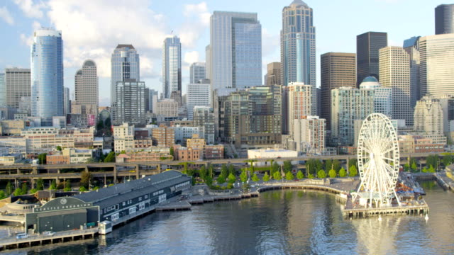aerial of downtown seattle city usa - stato di washington video stock e b–roll