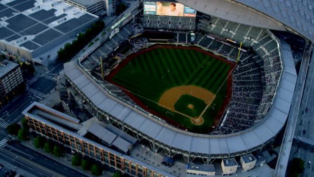 vídeos y material grabado en eventos de stock de aerial of downtown seattle city usa - béisbol