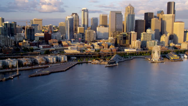 aerial of downtown seattle city usa - columbia center stock videos & royalty-free footage