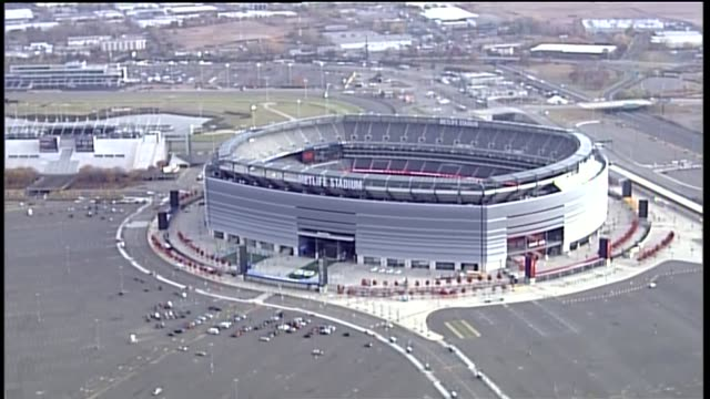 aerial of metlife stadium on november 06, 2013 in east rutherford, new jersey - nfc east stock videos & royalty-free footage