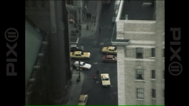 vidéos et rushes de aerial of new york city 1978 on june 07, 2013 in new york, ny - world trade center manhattan