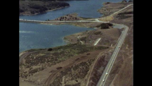 aerial of san andreas lake and san andreas fault - faglia di sant'andrea video stock e b–roll