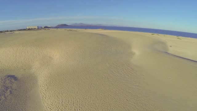 aerial of sand dunes near corralejo, fuerteventura - 50 seconds or greater stock videos & royalty-free footage