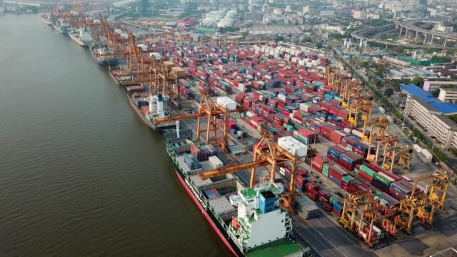 antenna del trasporto marittimo di merci - box container video stock e b–roll