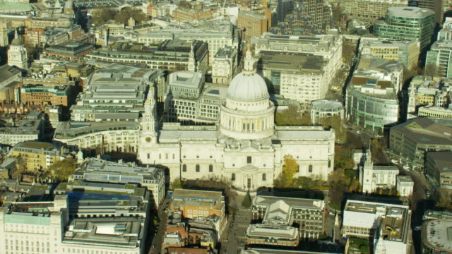 aerial of st paul's cathedral london uk - anglican stock videos & royalty-free footage