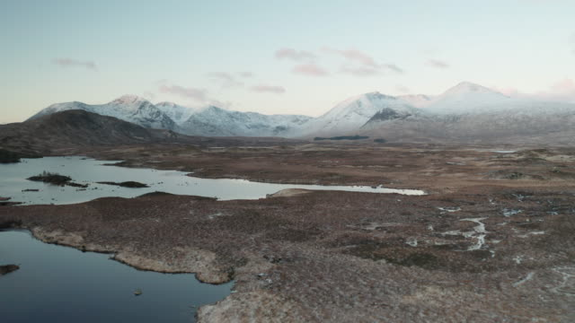 aerial of the black mount and rannoch moor in the scottish highlands, uk. - scottish culture video stock e b–roll