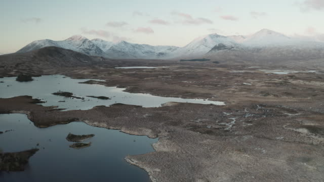 aerial of the black mount and rannoch moor in the scottish highlands, uk. - natural parkland stock videos & royalty-free footage