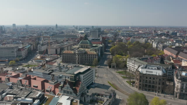 aerial of the inner city near sendlinger tor traffic is very limited since public life in germany has been severely dampened by farreaching... - non us film location stock videos & royalty-free footage