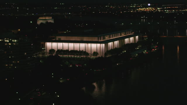 aerial of the john f. kennedy center for the performing arts at night, dc - john f. kennedy center for the performing arts stock videos & royalty-free footage