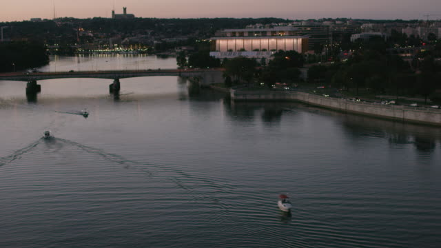 aerial of the john f. kennedy center for the performing arts, sunset dc - john f. kennedy center for the performing arts stock videos and b-roll footage