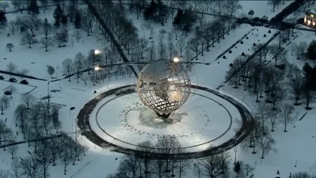 aerial of the unisphere at flushing meadows park - unisphere stock videos & royalty-free footage