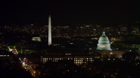 aerial of washington dc - washington monument washington dc stock videos & royalty-free footage