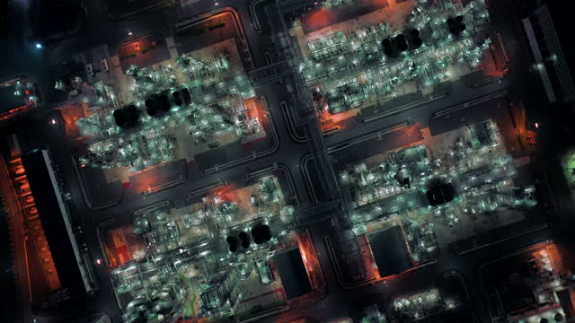 aerial oil refinery industrial - generator stock videos & royalty-free footage