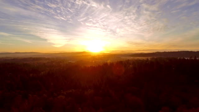 aerial oregon portland - horizon over land stock videos & royalty-free footage
