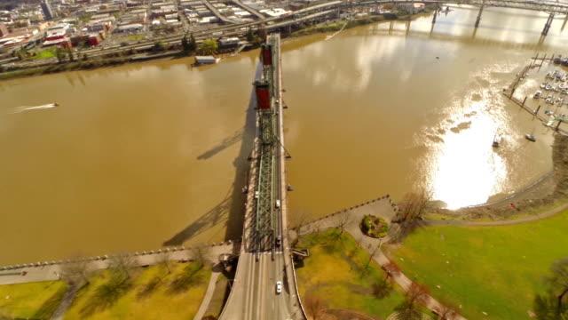 vidéos et rushes de vue aérienne de l'oregon de portland - portland oregon