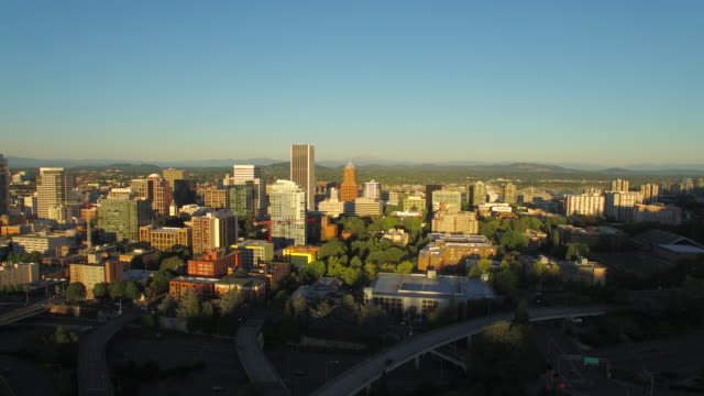 aerial oregon portland - portland oregon stock videos & royalty-free footage