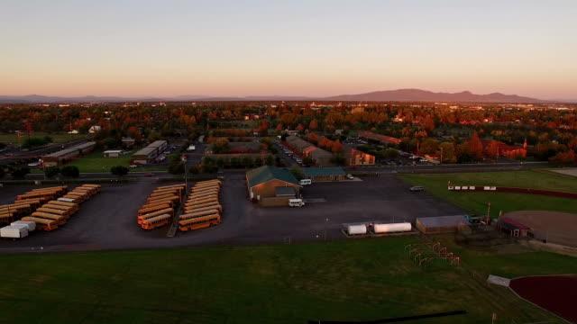 空から見たオレゴン・レドモンド - オレゴン州点の映像素材/bロール