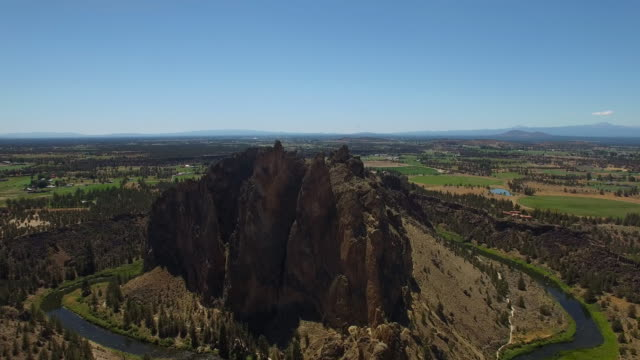 aerial oregon smith rock state park - oregon us state stock videos & royalty-free footage