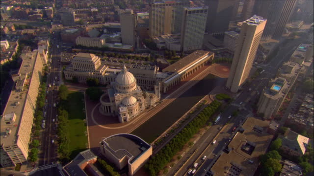 aerial over christian science center 'the mother church' and back bay area / boston, massachusetts - back bay boston stock videos & royalty-free footage
