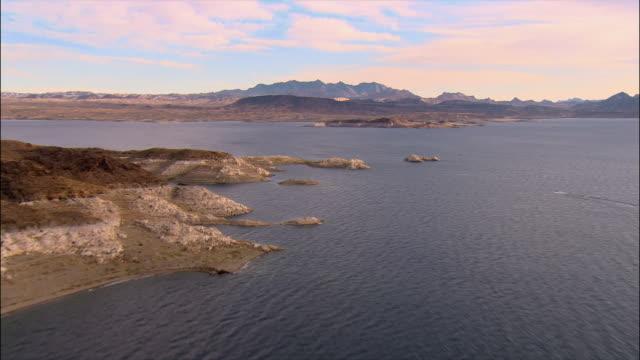 aerial over lake mead/ las vegas - lake mead video stock e b–roll