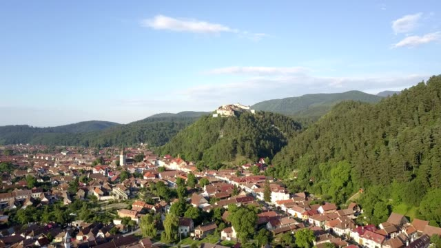 aerial over rasnov citadel, romania - transilvania video stock e b–roll