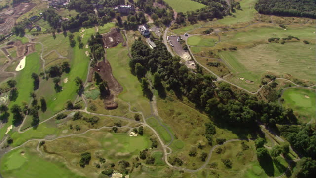 aerial over the duke's course at st. andrews links / fife, scotland - links golf stock videos & royalty-free footage
